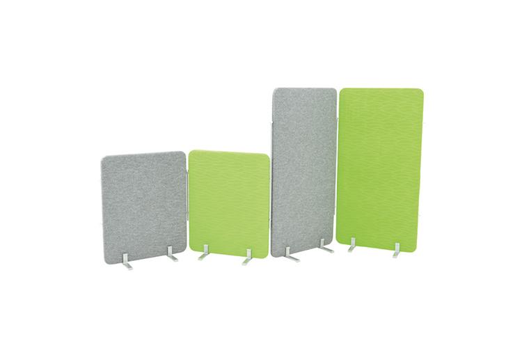 Parawany wyciszające niskie i wysokie w kolorze zielonym i szarym. Zapewnia redukcję hałasu i możliwość podzielenia sali.