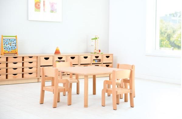Bukowy, prostokątny stół Flexi z kzesełkami